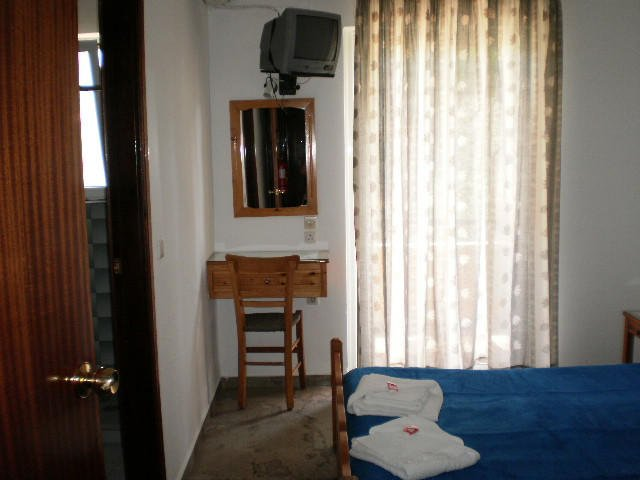 hoteldrosia bedroom